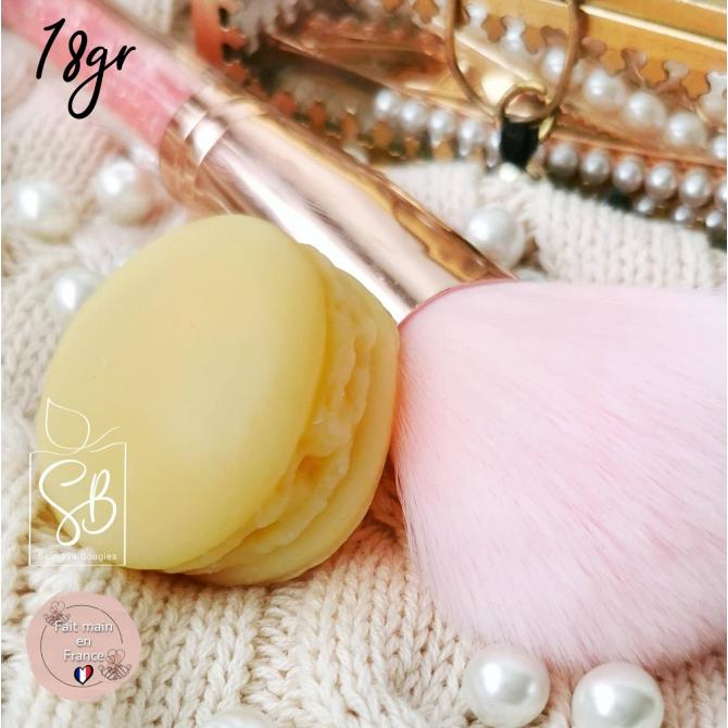 Pomme cannelle - Fondant parfumé bougie en forme de macaron