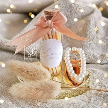 Allumettes blanches - 33 allumettes dans une jolie fiole.